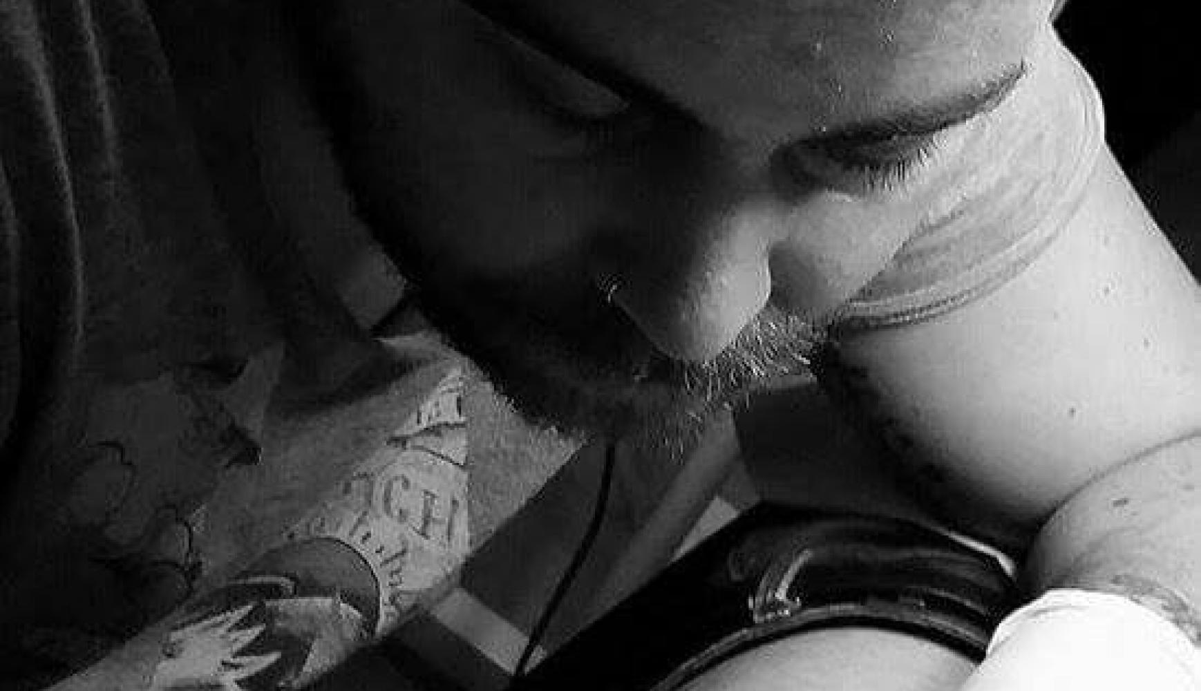 Artista invitado en Los 5 Sentidos Tattoo Benidorm